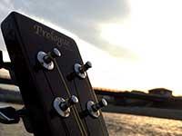 guitar012