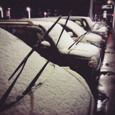 雪ワイパー上げる
