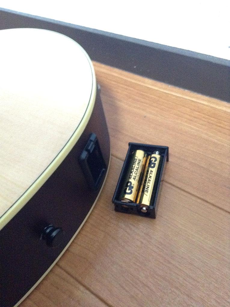 知らない間に、電池ボックスが床に落ちてる事が一度あったから、ちょっと気を付けた方が良いかもw
