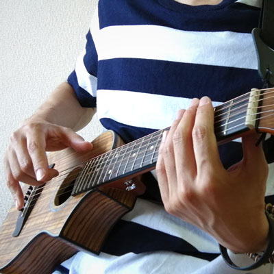 ミニギターでHARD RAIN